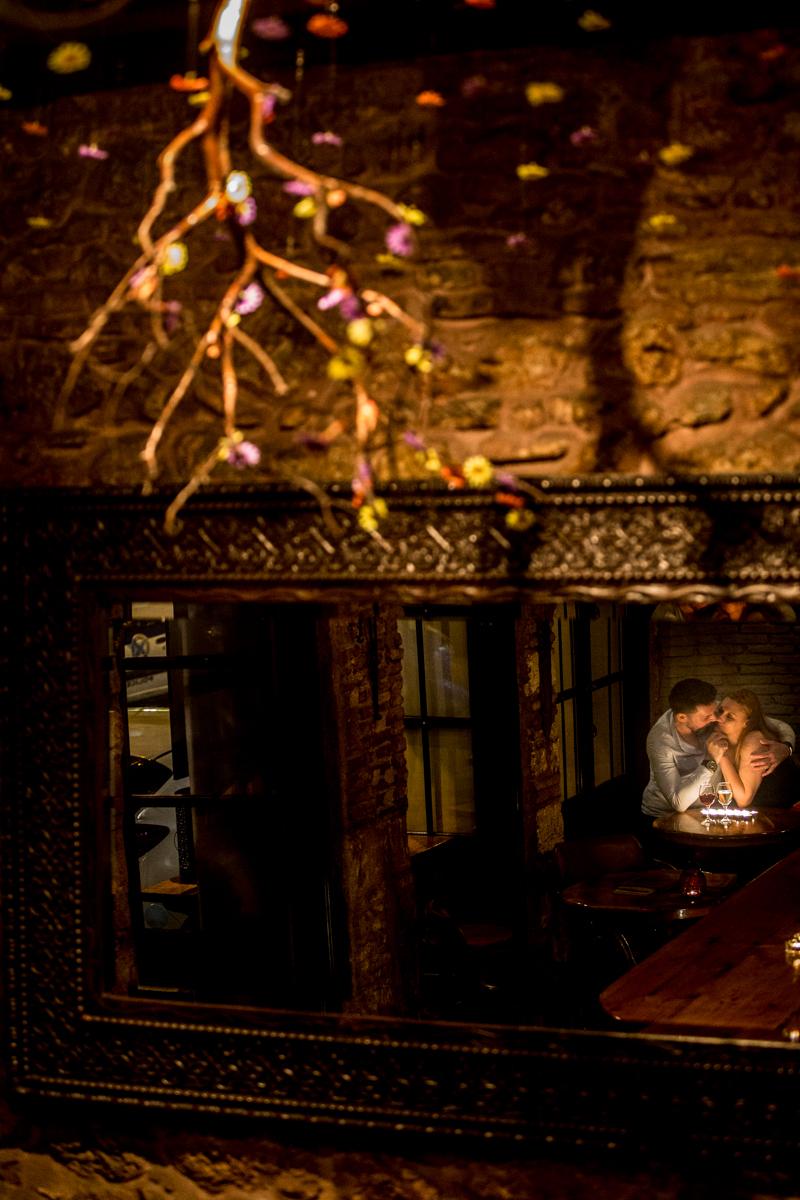 Νυχτερινή Φωτογράφιση πριν τον Γάμο στην παλιά Αθήνα (Prewedding)